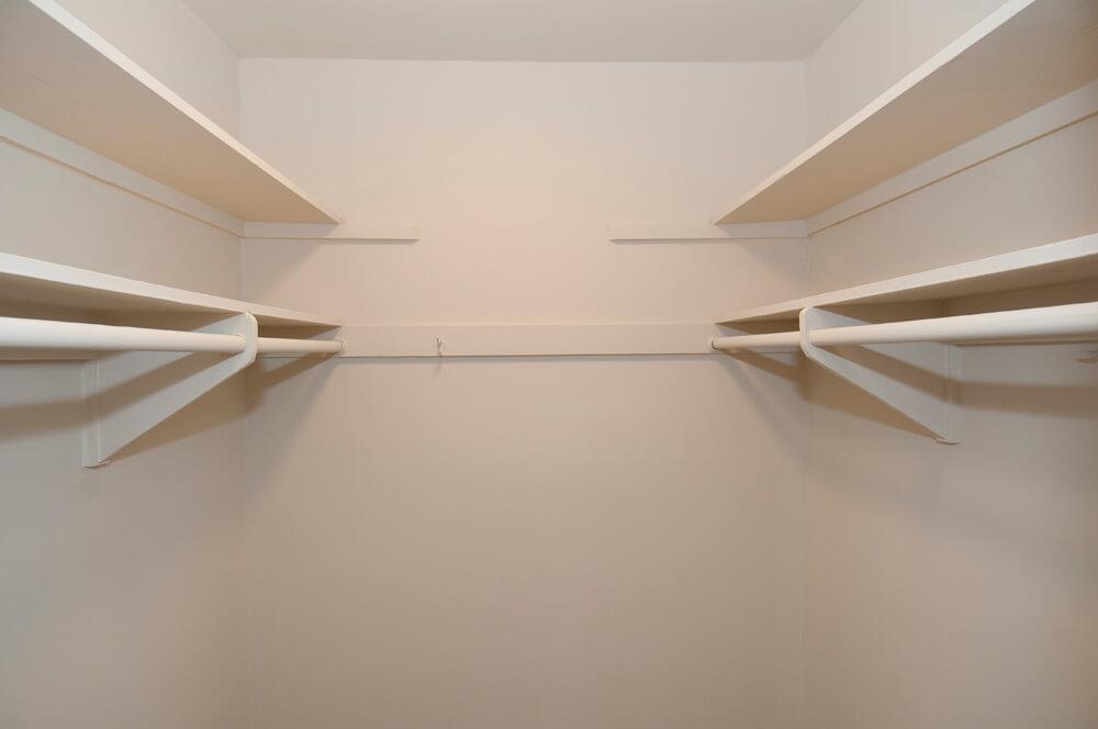 Auden Place walk in closet